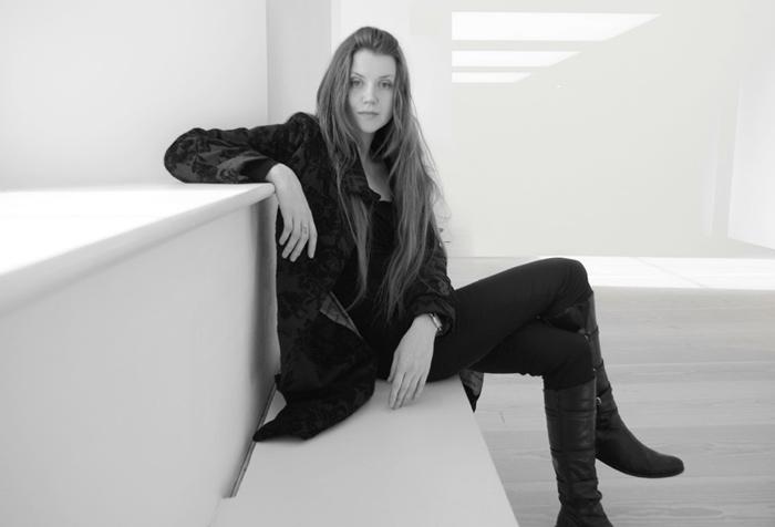 Natalie Richy Latvian British Figurative Fine Artist